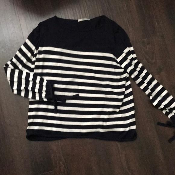 Zara knit navy white striped sweater M. M 5bb8ff452beb79379a82e1aa 266b456c5